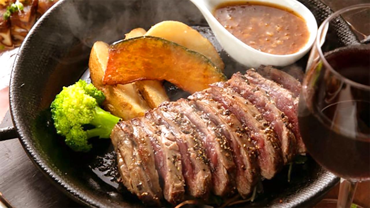 熟成肉の牛ステーキ