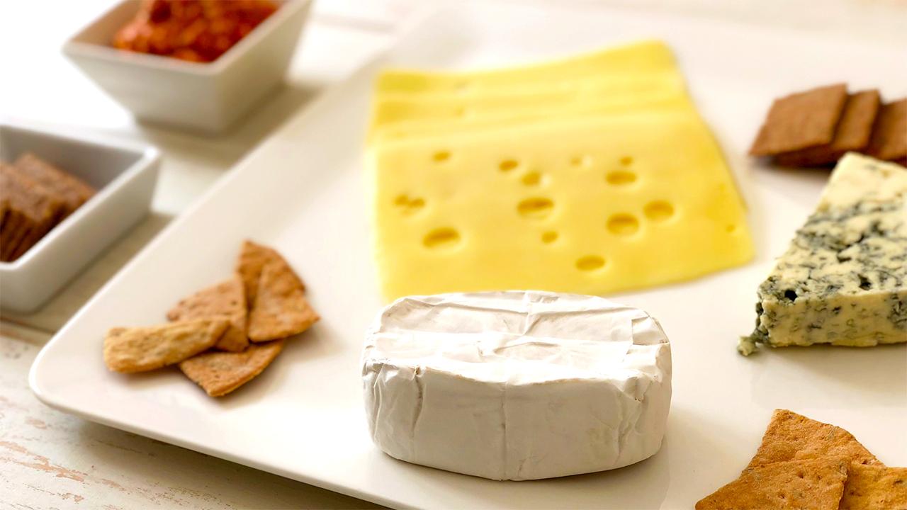 世界のチーズプレート